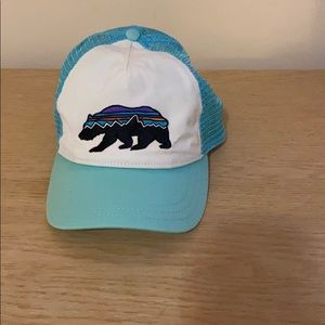 Patagonia Fitz Roy Bear Layback Trucker Hat